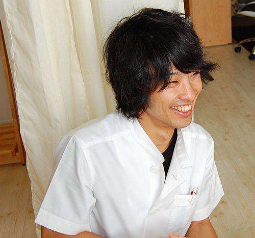 大阪市北区の鍼灸整体『はり灸整体治療院すずらん』